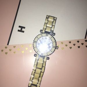 Gorgeous Ceramic Guess Watch